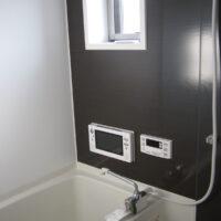 グランドヒルズA棟【2LDK】浴室、給湯、シャワー、テレビ、窓有り