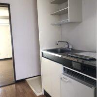 グリーンコーポ若葉1階【1K】キッチン 棚あり