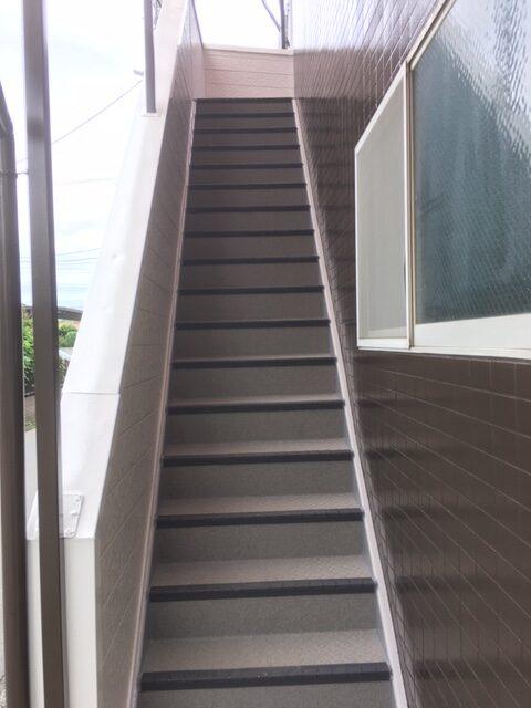 グリーンコーポ若葉共用階段